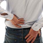 Боли в почки во время движения — что это может быть?